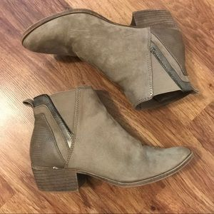 Madden Girl | Hooper Taupe Ankle Boots
